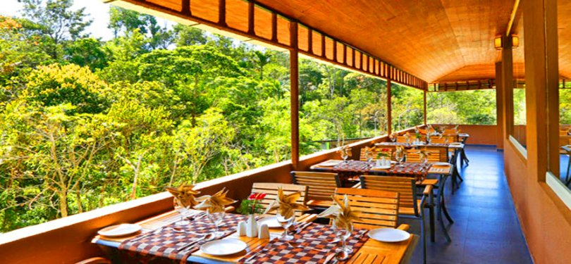Spice Grove Hotels & Resorts Open Air Corridor Restaurant