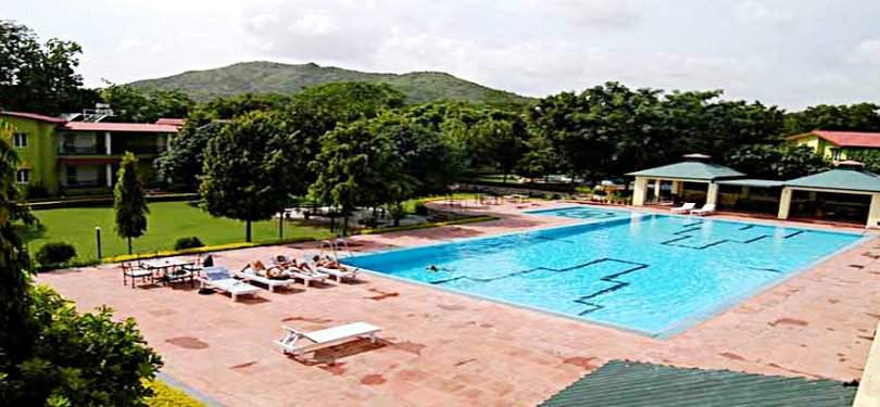 Amantra Shilpi Resort Pool n Scenic View