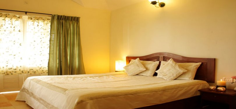 Ayur County Resort Sunrise Room