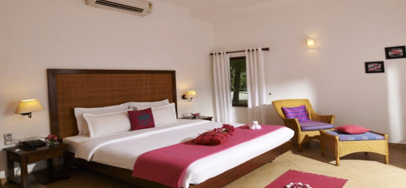 Club Mahindra Ashtamudi Bedroom 2