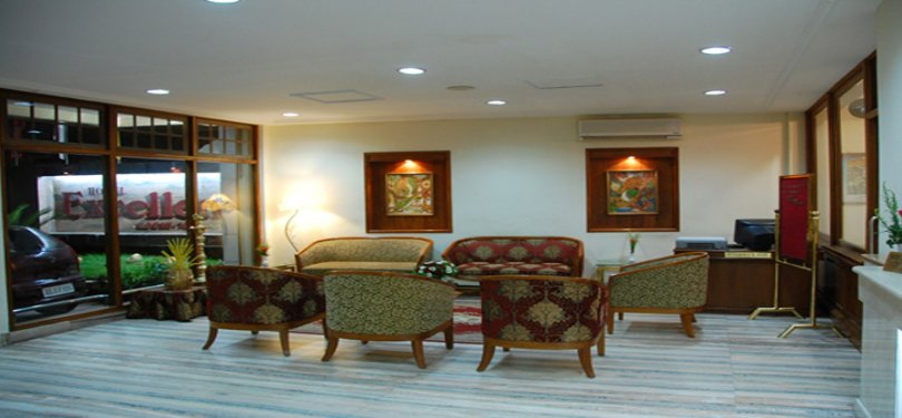 Hotel Excellency Lobby