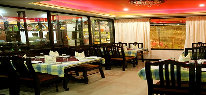 Munnar-Archana residency Restaurant Interior