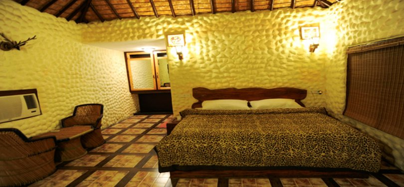 Corbett Machaan Resort Room Interior