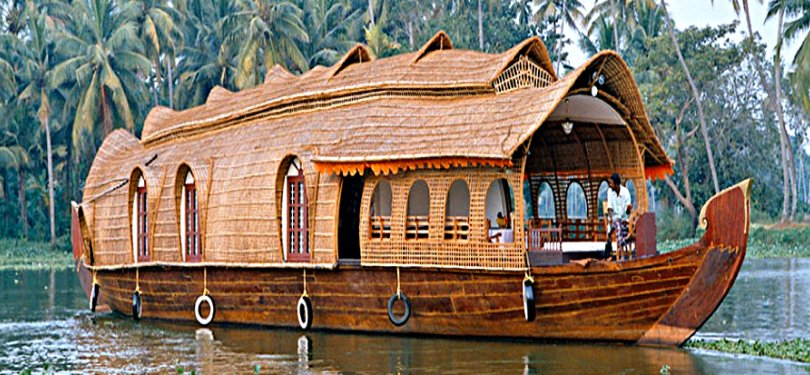 Houseboat in alleppey backwaters