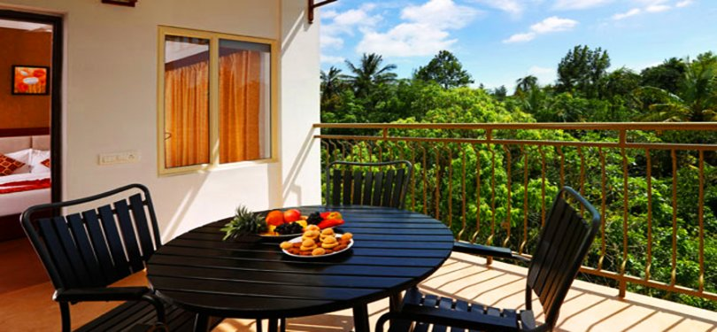 Spice Grove Hotels & Resorts Valentine Room Balcony