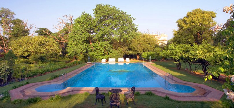 Narain Niwas Palace Pool