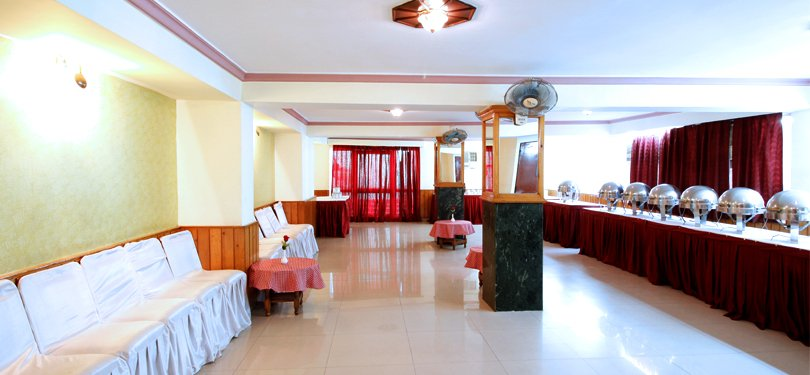 Vardaan Resort Patnitop Banquet Hall
