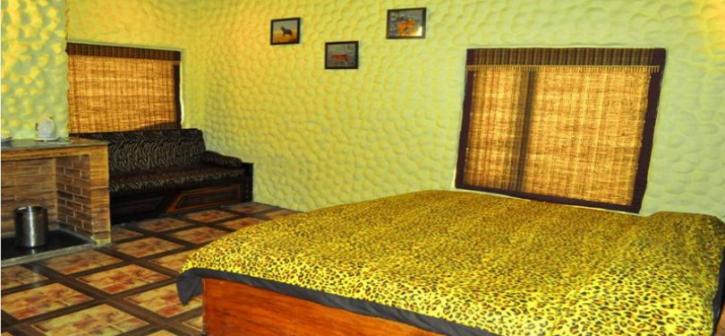 Corbett Machan Resort Room