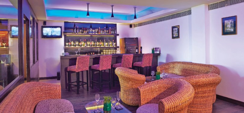 The Gateway Hotel Bar n Lounge
