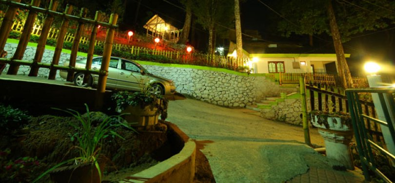 Wood Pecker Resort Night View
