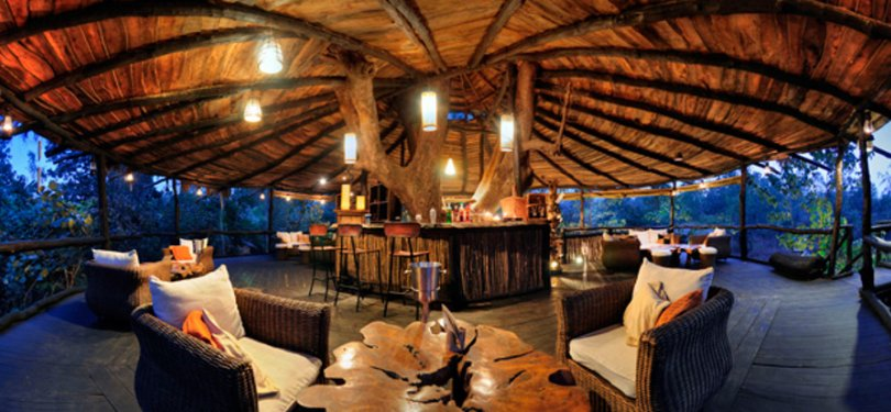 Tree House Hideaway Dining Area