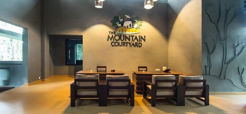 The Mountain Courtyard Front Desk.