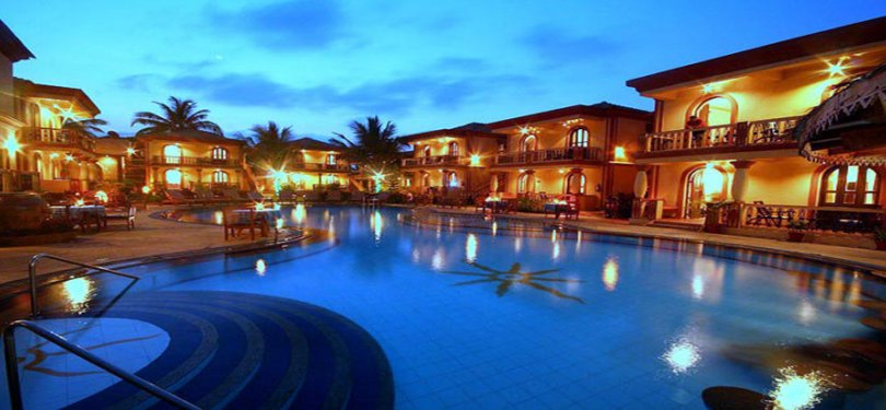 Resort Terra Paradiso Night View