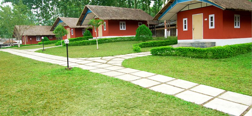 Dhanshree Resort Long Cottages View