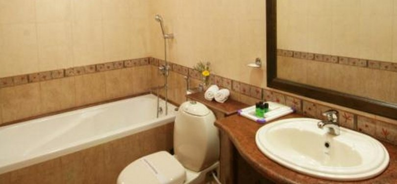 Bathroom with Executive Suite