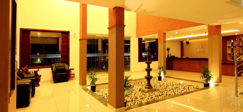 Hotel Mount Avenue Reception n Lobby